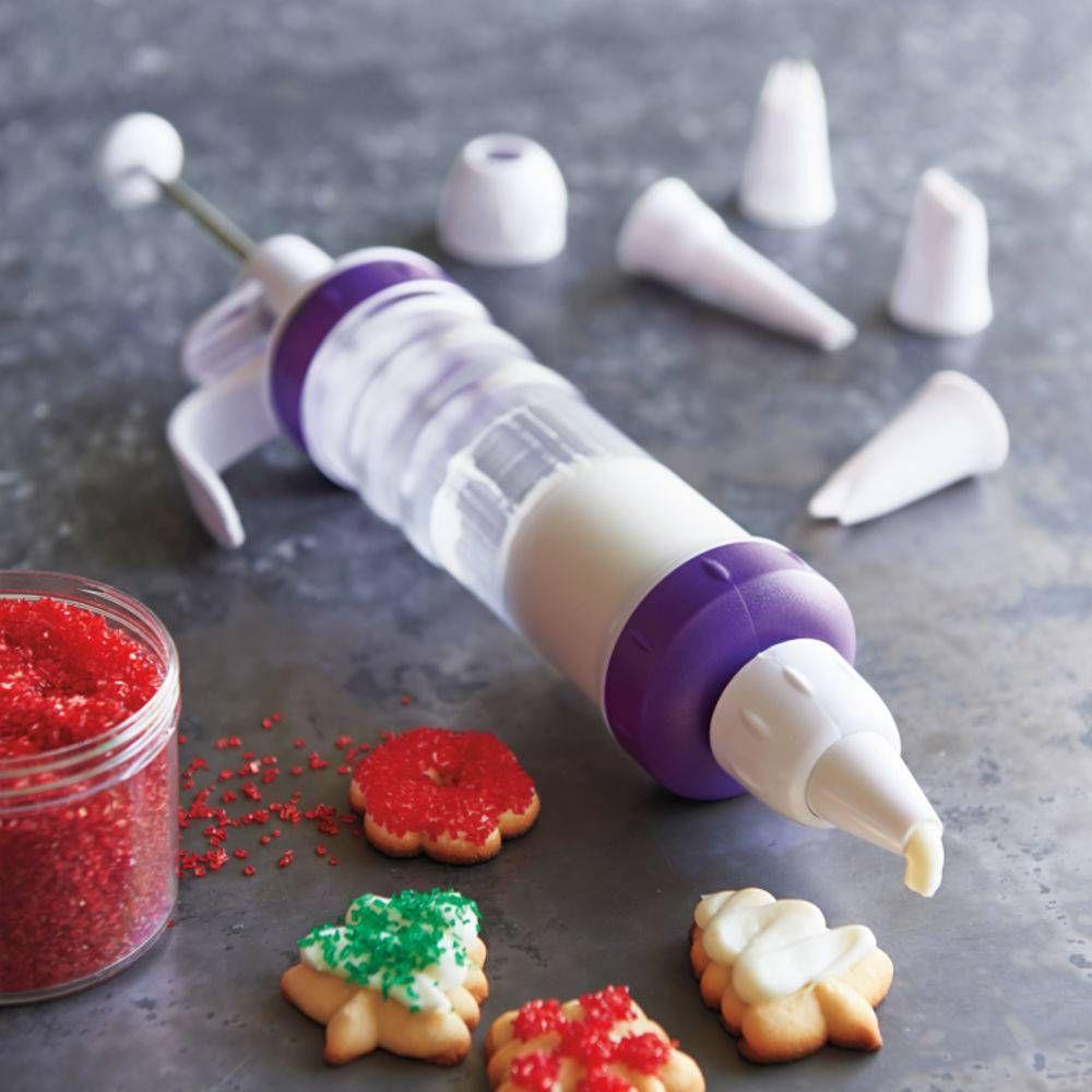 Κορνέ ζαχαροπλαστικής για τη διακόσμηση των γλυκών f2b34890d33